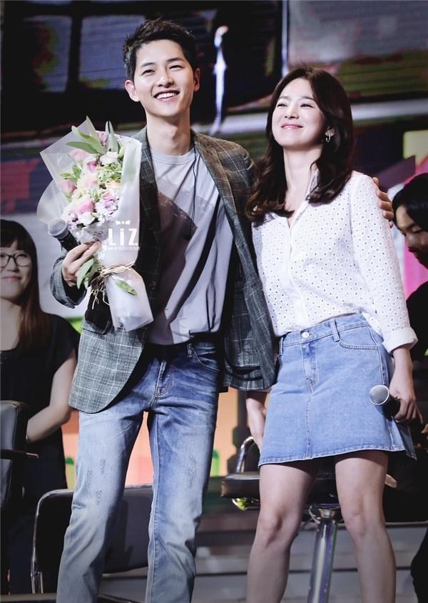 Song Hye Kyo, Song Joong Ki bi mat hen ho tai Bali hinh anh 2