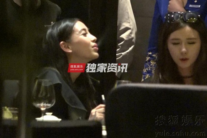 Angelababy bi chi trich vi hut thuoc du moi sinh con hinh anh 1
