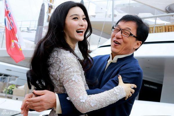 Bao Trung he lo dan sao hang A du le cuoi Pham Bang Bang, Ly Than hinh anh 1