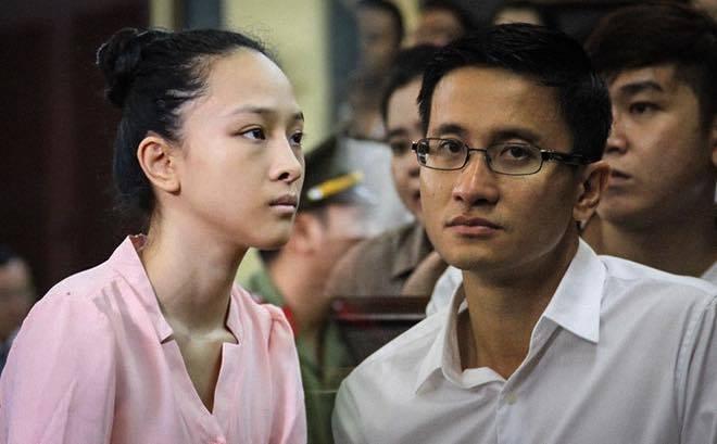 Toc Tien: 'Dang buon khi Phuong Nga duoc tung ho nhu anh hung' hinh anh 1