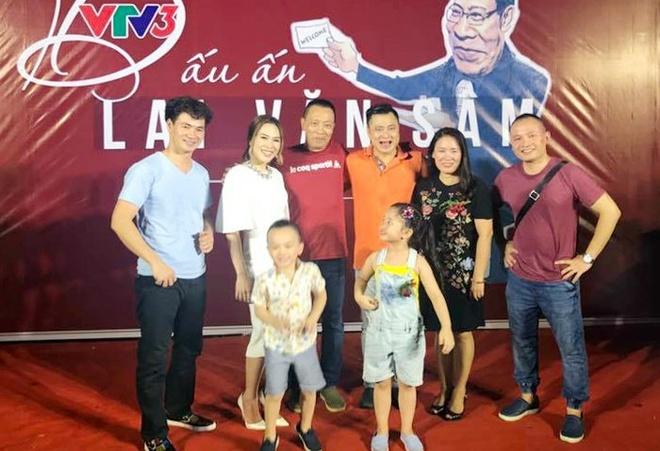 My Tam va dan BTV to chuc tiec chia tay MC Lai Van Sam hinh anh 1