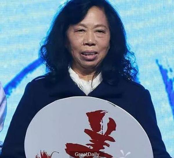 'Bac gai xau xi' phim Chau Tinh Tri ngay cang noi anh 3