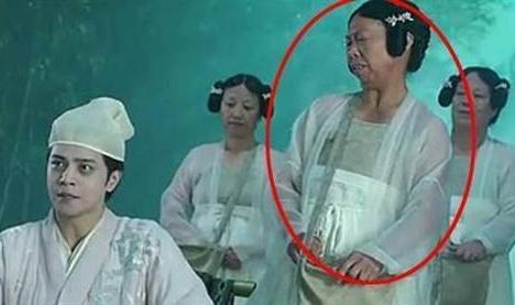 'Bac gai xau xi' trong phim Chau Tinh Tri ngay cang noi tieng hinh anh