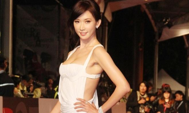 Sao nu Trung Quoc ban dam: Cai gia cho hang chuc nghin USD moi dem hinh anh