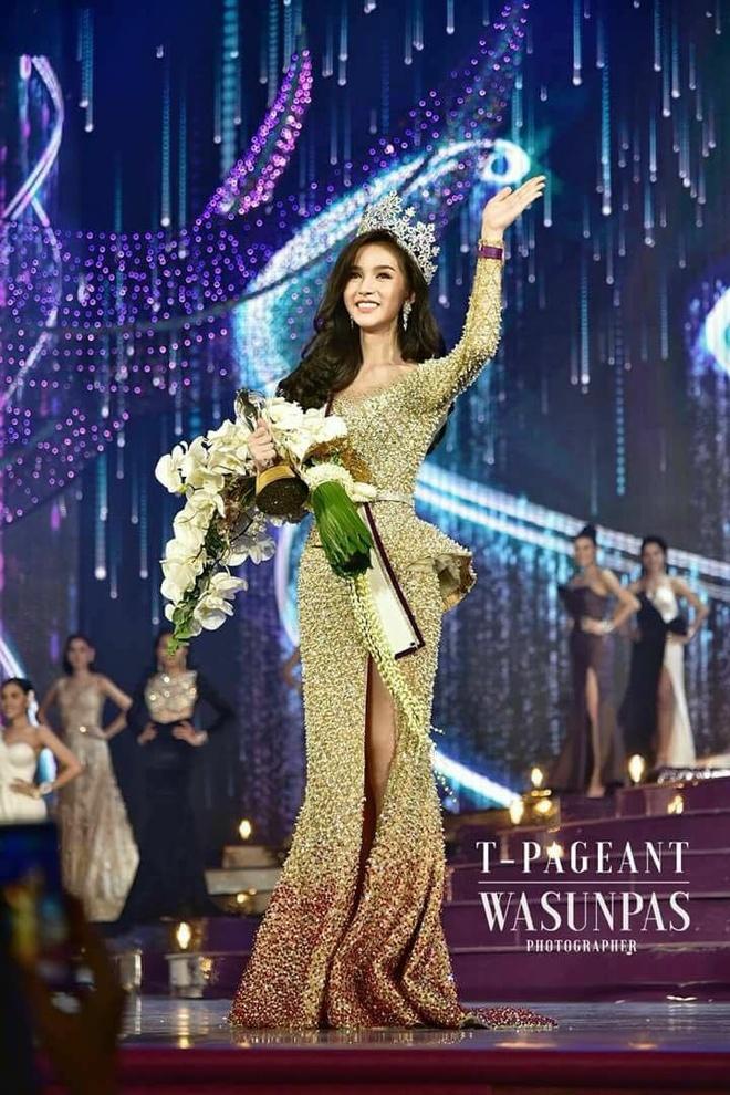 Tan Hoa hau chuyen gioi Thai Lan duoc khen 'hon ca thien than' hinh anh 2