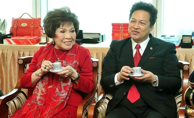 Dao dien 'Thieu Lam tu' ly hon vo vi nguoi tinh 68 tuoi hinh anh