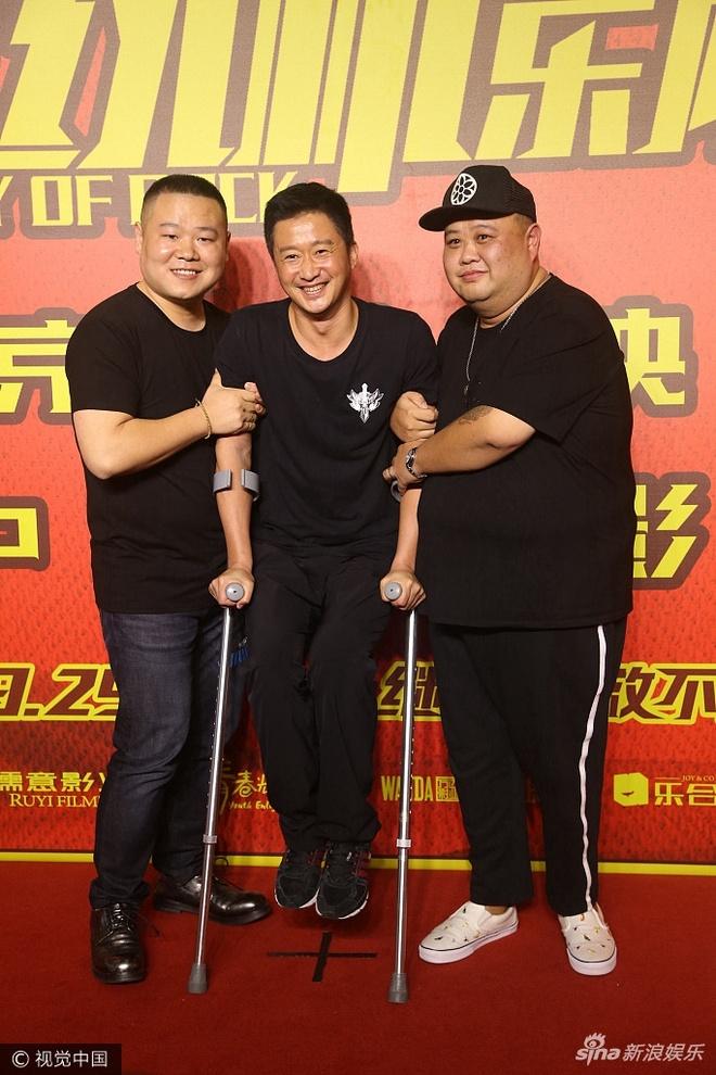 Ngo Kinh len doi: Chong nang van duoc Thanh Long, Ly Than nho va hinh anh 4