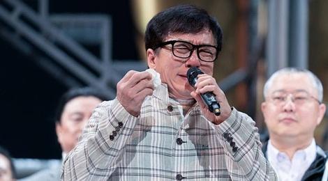 Thanh Long: 'Trung Quoc khong dam ban bao hiem cho toi' hinh anh