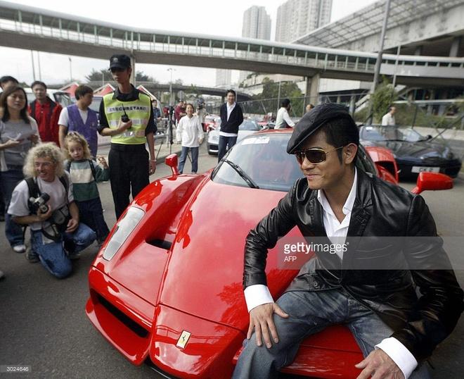 Bo suu tap sieu xe dang cap cua Thien vuong Hong Kong Quach Phu Thanh hinh anh 1