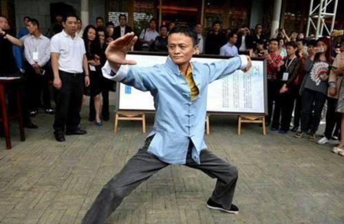 Sieu pham so 1 man anh Trung Quoc: Jack Ma dau 8 dai cao thu vo thuat hinh anh 3
