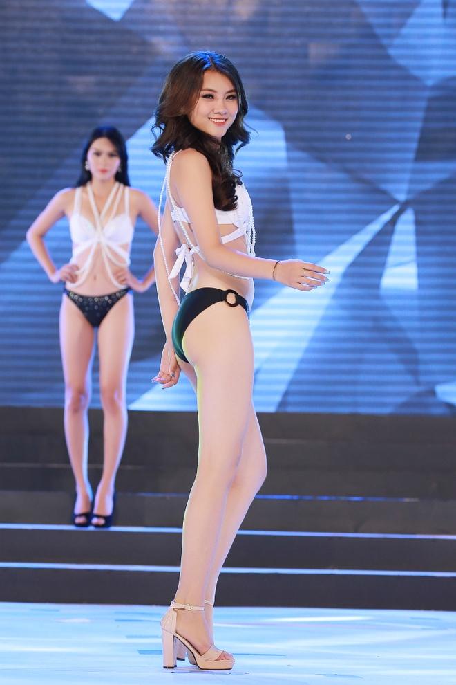 Co gai E de goi cam voi bikini truoc them chung ket Hoa hau Dai duong hinh anh 5