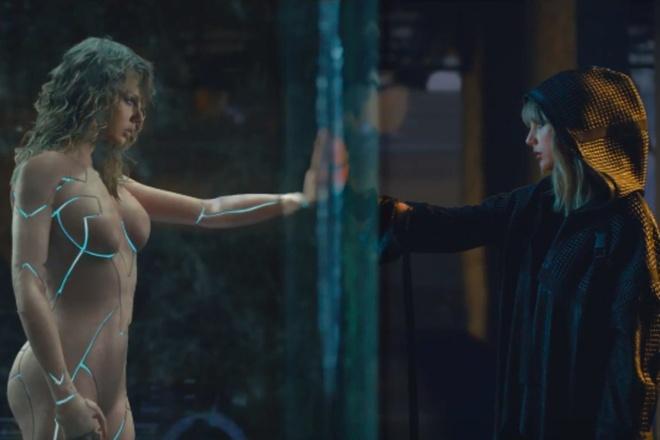 Taylor Swift len tieng ve viec mac nhu khong anh 1