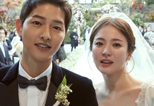 Song Hye Kyo, Song Joong Ki nhay voi Chuong Tu Di sau le cuoi hinh anh