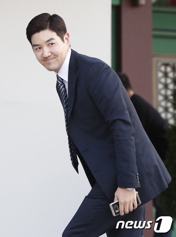 Dan sao hang A du le cuoi Song Hye Kyo - Song Joong Ki hinh anh 21