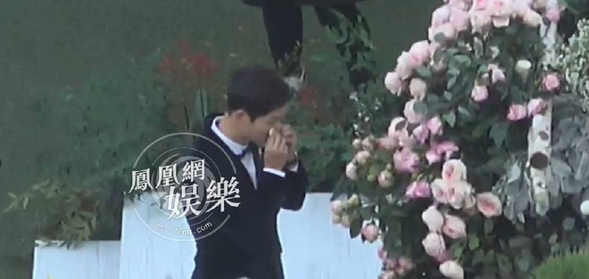 Hon le Song Joong Ki, Song Hye Kyo: Khoc cuoi va nhung dieu la lung hinh anh 5