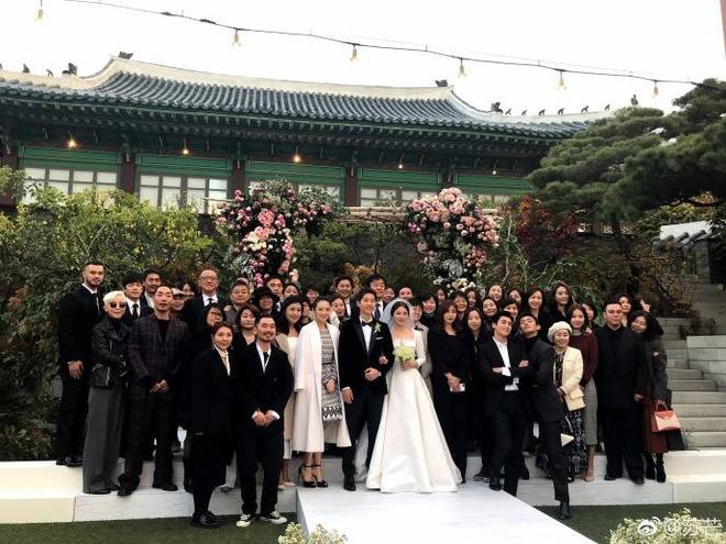 Hon le Song Joong Ki, Song Hye Kyo: Khoc cuoi va nhung dieu la lung hinh anh 9