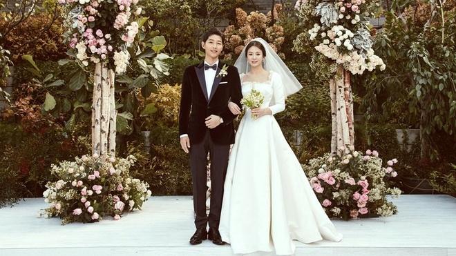 Mot nguoi Viet bi phat vi dung flycam o khu vuc cuoi Song Hye Kyo hinh anh 3