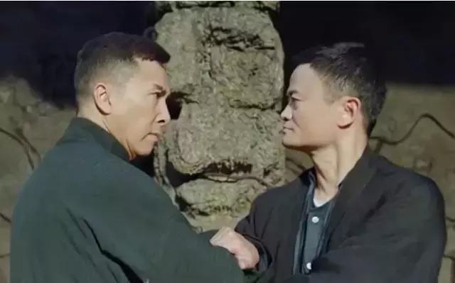 Suc manh dong tien Jack Ma: Ly Lien Kiet phan tran, khan gia phan no hinh anh 3