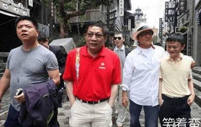 Cong thu dao thieu Thanh Long anh 2