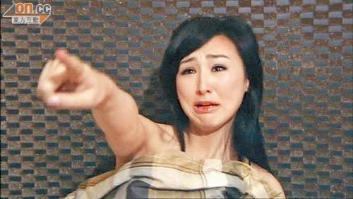 TVB cam nghe si nu mac ho hang, lam phim co canh khoe than hinh anh