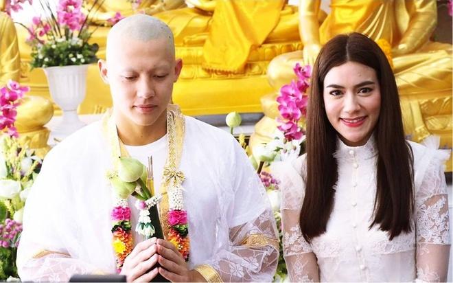 Ban gai va hang nghin nguoi du le tu hanh cua tai tu Thai Lan hinh anh 5