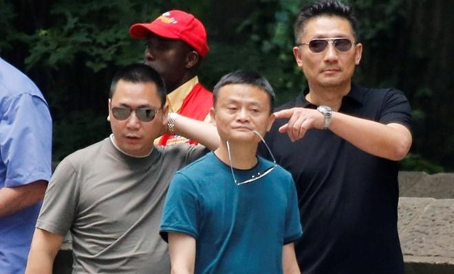 Chong Trieu Vy: 'Toi xuat than cung kho nhung chua tung lam tai xe' hinh anh