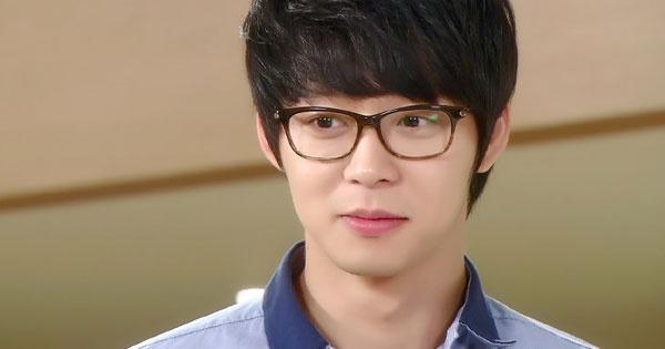 Park Yoochun (JYJ) bi kien 1 trieu USD sau vu cho can nguoi hinh anh