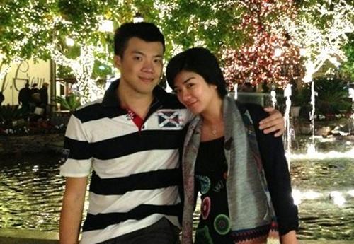 Chong cu 'Tieu Yen Tu' Huynh Dich to vo cu chia cat tinh cha con hinh anh 1
