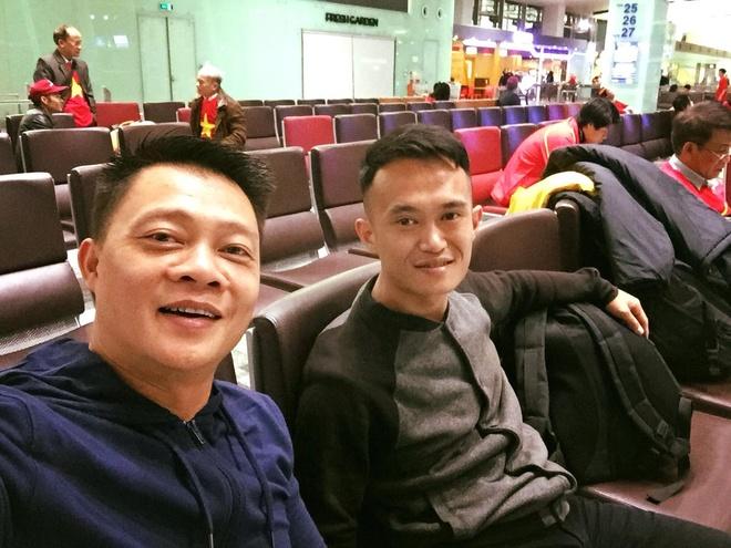 Binh Minh, Quyen Linh va cac nghe si toi Thuong Chau co vu U23 VN hinh anh 7