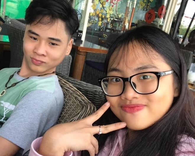Nghi van Phuong My Chi co ban trai o tuoi 15 hinh anh