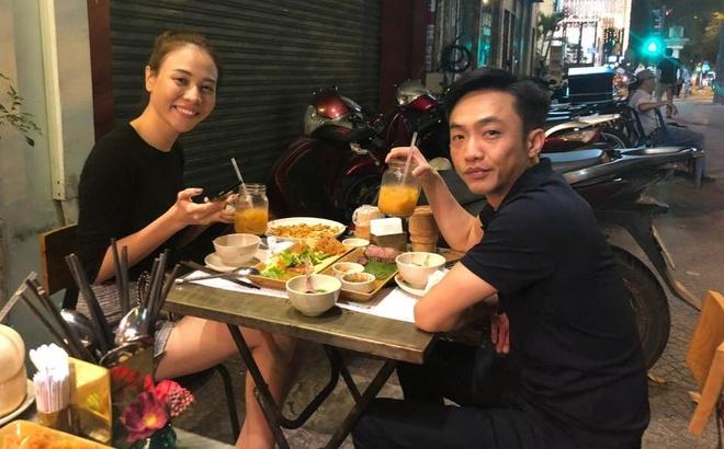 Cuong Do La don Valentine ben Dam Thu Trang o quan via he hinh anh