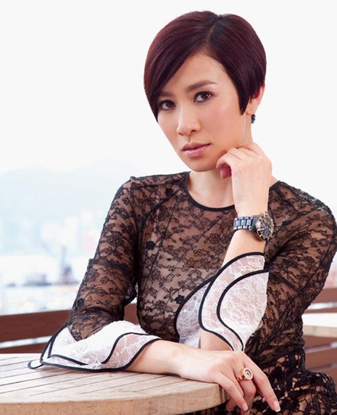 Nhan sac thay doi cua cac hoa dan TVB trong 50 nam qua hinh anh 10