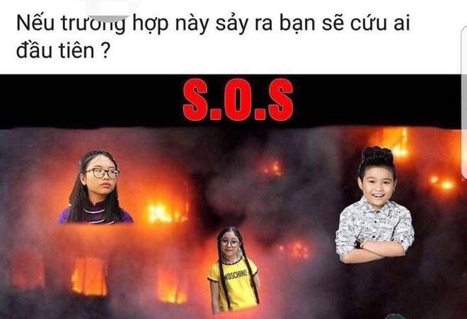 Fanpage 'Giong hat Viet nhi' ghep anh dan thi sinh chim trong hoa hoan hinh anh