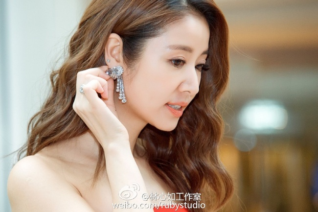 Lam Tam Nhu: 'Toi khong du dep de goi la nu than nhan sac' hinh anh