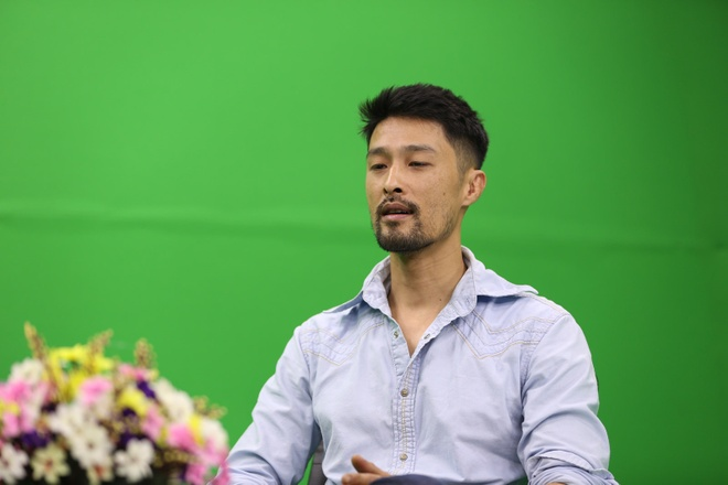Johnny Tri Nguyen: Ve lang tu mot thoi xuong doc o tuoi 44 hinh anh 3