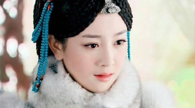 nhan sac Truong Mong anh 5