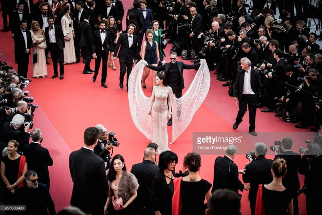 Bieu tuong goi cam Thai Lan duoc nang vay tren tham do Cannes hinh anh 3