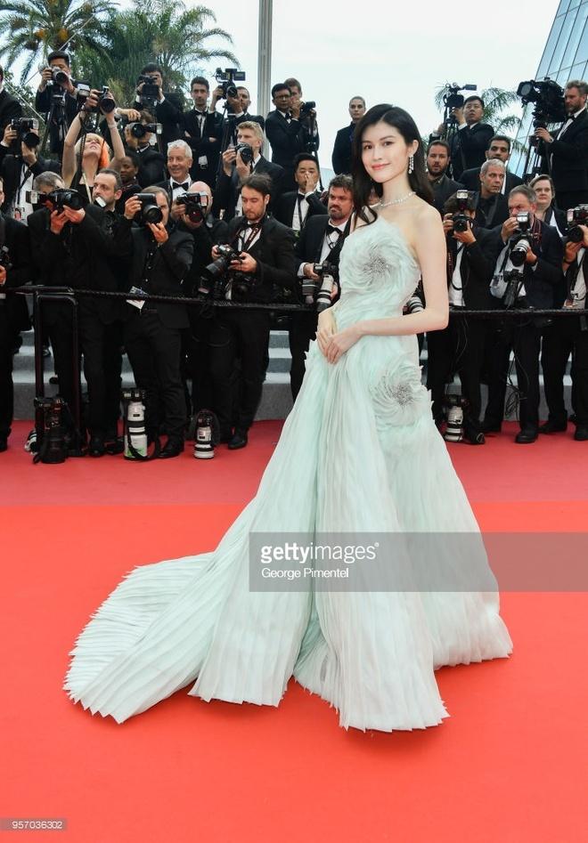 Bieu tuong goi cam Thai Lan duoc nang vay tren tham do Cannes hinh anh 11