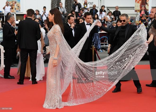 Bieu tuong goi cam Thai Lan duoc nang vay tren tham do Cannes hinh anh 6