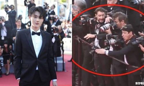 Tai tu 'Tay du ky' Hoang Tu Thao bi xua duoi tren tham do Cannes hinh anh