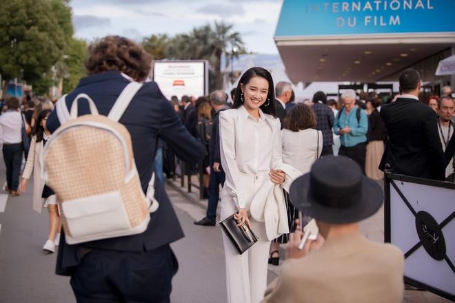 Nha Phuong xuat hien ca tinh khi toi LHP Cannes quang ba phim hinh anh 1