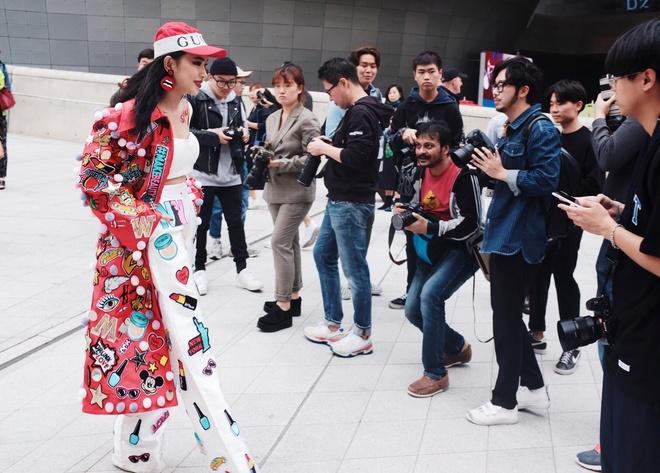 Chau Bui duoc lua chon tham gia show thoi trang danh tieng hinh anh 2
