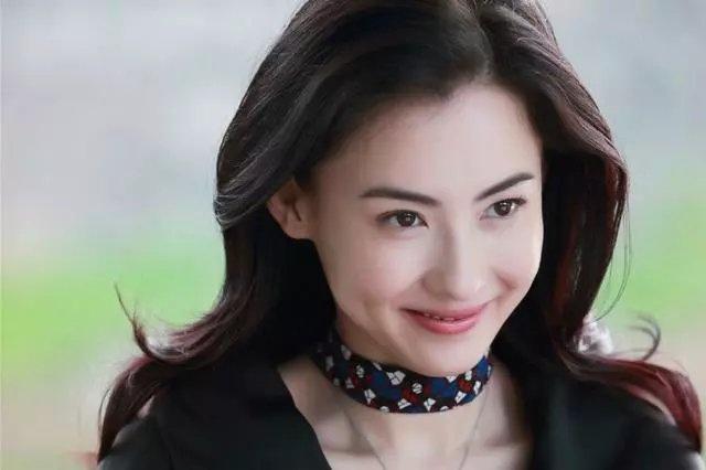 Phim Truong Ba Chi mat con, bi chong ruong bo hut khan gia hinh anh 1