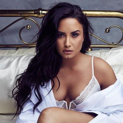 Nu ca si Demi Lovato nhap vien vi dung ma tuy qua lieu hinh anh 2