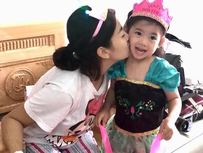 Oc Thanh Van: 'Phung Ngoc Huy suy sup khi Mai Phuong bi ung thu phoi' hinh anh 3