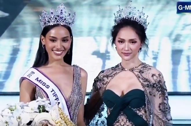 Nhan sac quyen ru cua Hoa hau chuyen gioi Thai Lan 2018 vua dang quang hinh anh
