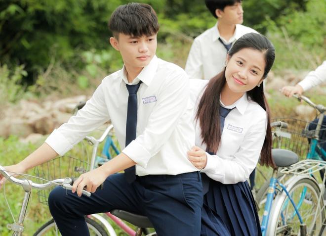 Phia nha san xuat: 'Khong go bo hinh anh MC Cao Vy trong phim' hinh anh