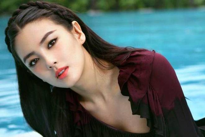 'My nhan Chau Tinh Tri' Truong Vu Ky va hai lan bi kich hon nhan hinh anh