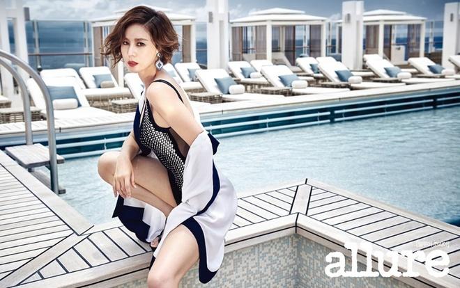Kim Sung Ryung - hoa hau 51 tuoi tre dep, goi cam va giau co o showbiz hinh anh