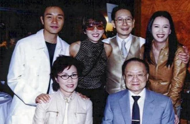 Anh Kim Dung ben Truong Quoc Vinh, Mai Diem Phuong gay xuc dong hinh anh